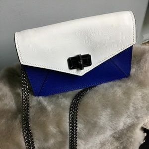 Handbags - ❤️Diane Von Furstenberg Mini Purse